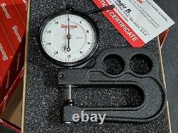 New Starrett Outside Dial Thickness Gage Gauge 0-0.5 0.0005 2-1/2 Deep Throat
