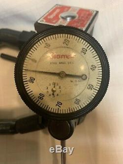 STARRETT 25-441 Jeweled Dial indicator and #657 Magnetic Base Used