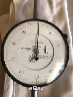 Starrett. 001 Dial Indicator Gage 2.000 Range 656-2041