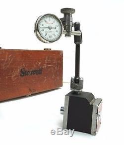 Starrett 196 Black Plunger Dial Indicator. 001 Grad with 657 Magnetic Base Holder