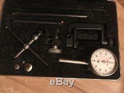 Starrett 196A12 dial indicator set