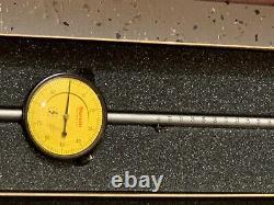 Starrett 655-5081J Dial Indicator, 125 mm Measuring Range, 0.01 mm Graduation
