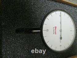 Starrett 656-142J Dial Indicator 3-5/8.050 0-10-0 Dial OC3