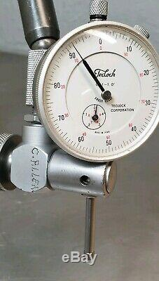 Starrett No. 657T magnetic base with a Teclock No. AI-921 1 dial indicator