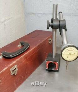 Starrett No. 659 HEAVY DUTY magnetic base with No. 25-341 dial indicator