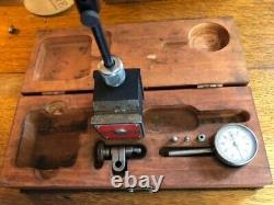 Starrett set, No. 196 Dial Indicator & No. 657 Mag Base in wooden case, used